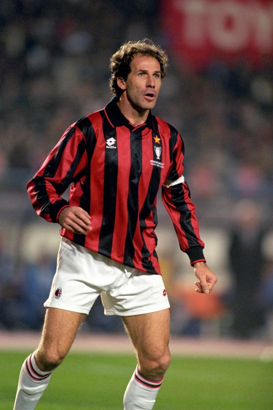 فرانکو بارسی - حضور در میلان: 1997-1977 (719 بازی) - Franco Baresi