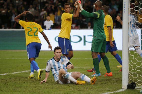 Image result for مسی مقابل برزیل