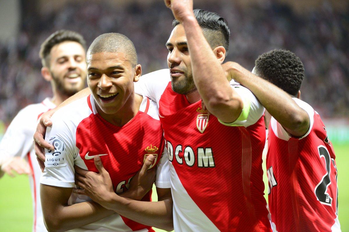 موناکو قهرمان فرانسه