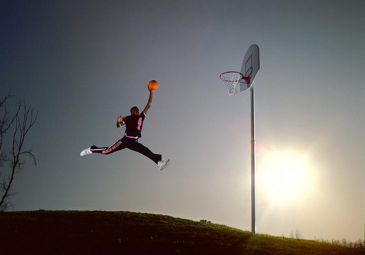 نگاهی به چهار عکس ورزشی حاضر در فهرست اثرگذارترین 100 عکس تاریخ به انتخاب مجله تایم؛ از پرواز مایکل جردن تا نیش محمد علی