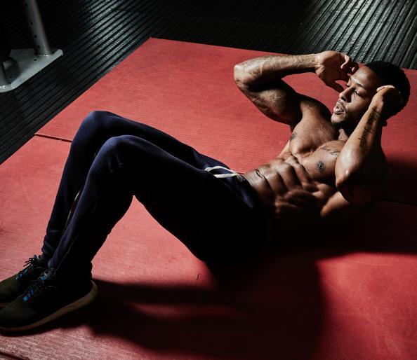 3 اشتباهی که برای تقویت عضله های شکم مرتکب می شویم