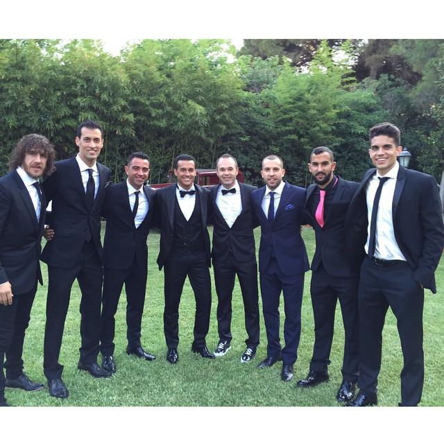 عکس روز؛ بازیکنان بارسلونا در جشن ازدواج پدرو