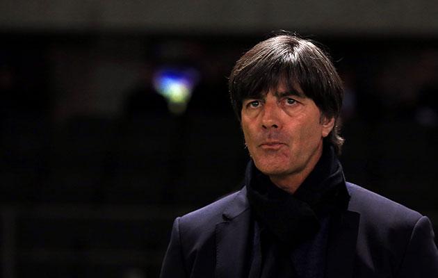مسائل این روز های فوتبال آلمان؛ از نگرانی لو در خط دفاعی تا احتمال جدایی مارک آندره تر اشتگن از بارسلونا